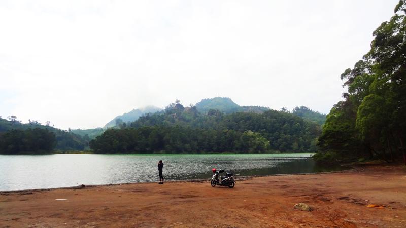 Dieng Plateau - Telaga Warna