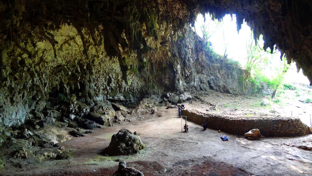 Hobbit cave - Liang Bua