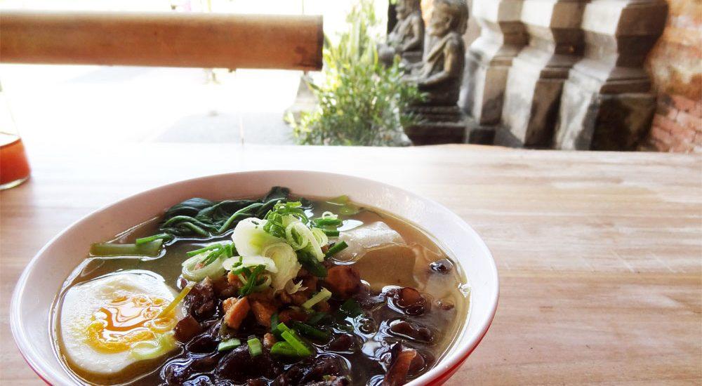 You and mie à Ubud - Meilleure soupe au monde!